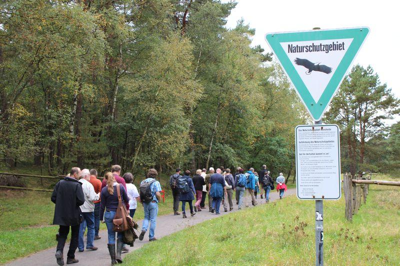 Exkursion zu einem Waldbeweidungsprojekt in das Naturschutzgroßprojekt Senne