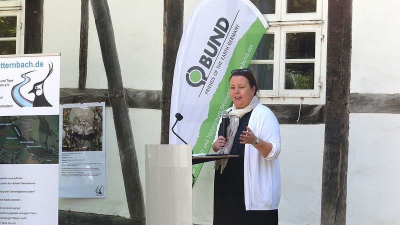 Umweltministerin Ursula Heinen-Esser eröffnet Bodenaktionswoche in Lippe